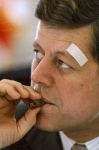 president-kennedy-smokes