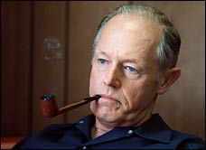 E Howard Hunt